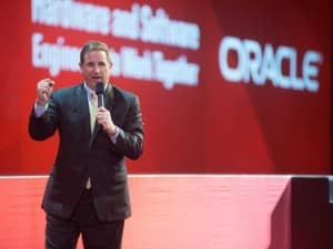 Mark Hurd, l'un des deux chefs de la direction d'Oracle