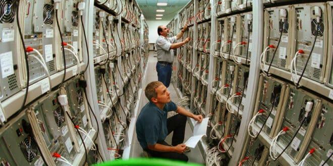 cluster défintion grappe serveurs informatique
