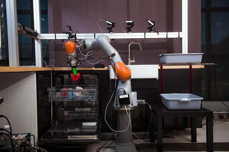 toyota robots vaisselle