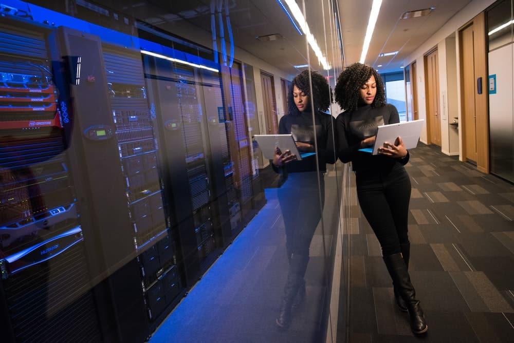 En cette période du COVID-19, le défis pour les entreprises du data center est de trouver le meilleur emplacement pour de nouveaux projets.