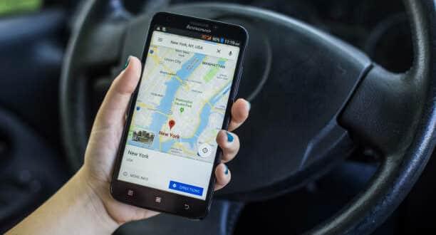 Google Maps exige données pour le guidage GPS