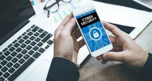 Le Malware peut en effet agir sur les contacts, les SMS, les appels téléphoniques, l'historique des appels, l'accès Internet, le GPS, l'appareil photo et le microphone. Cela signifie que les cyberattaquants auraient carte blanche pour lancer des attaques avec un éventail impressionnant d'objectifs.